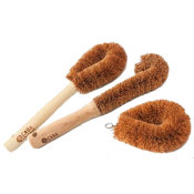 Coconut fibre brushes (3)